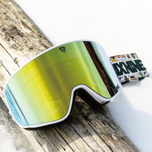 IX3 Signature Model One Man 'Taco' / Green Polarlized Lens  원맨 '타코' / 골드 메탈라이즈드 렌즈